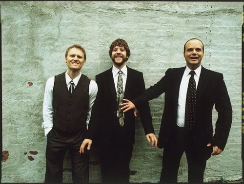 Medeski  Martin & Wood picture