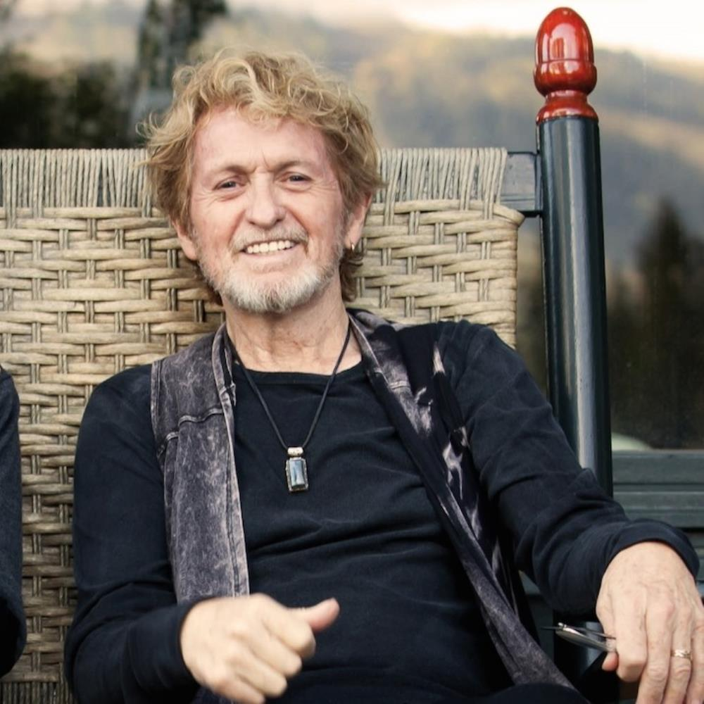 Jon Anderson - Makes Me Happy CD (album) cover