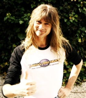 Arjen Lucassen (AYREON's mastermind) wearing the classic long sleeves PA t-shirt